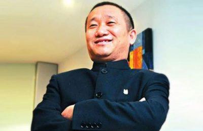 Lưu Trung Điền bỏ ra 5 tháng mỗi năm để đi khắp nơi học hỏi những kiến thức mới.