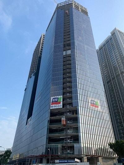 Dự án Vinhomes Metropolis Liễu Giai do BM Windows thiết kế và thi công các hạng mục façade, nhôm kính.