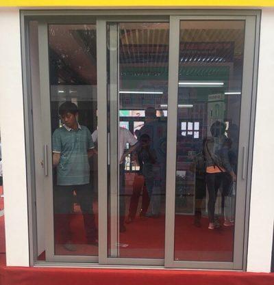Cửa nhôm Việt Pháp hệ 2600 mở trượt
