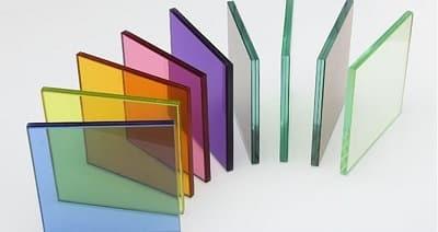 Người dùng có đa dạng sự lựa chọn với các màu kính khác nhau