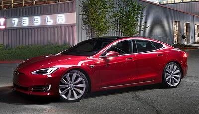 Dòng xe Tesla S với khung và thiết bị bên trong đều sử dụng nhôm