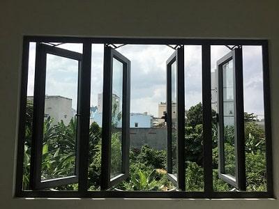 Cửa sổ quay hất nhôm Xingfa