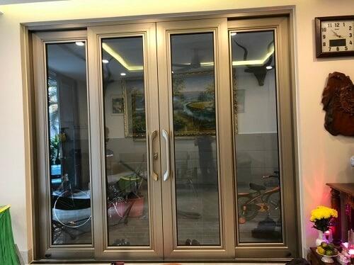 Cửa xếp lùa LV150 được sản xuất bởi Long Vân Group