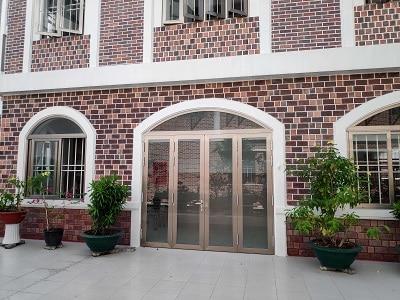 Cửa sổ mở quay phổ biến cho mọi công trình