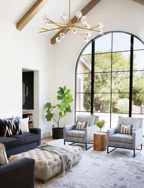 Cửa sổ uốn vòm cho những không gian mang hơi hướng cổ điển