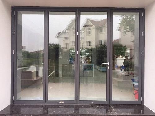 Cửa nhôm Xingfa có kết cấu vững chắc với các khoang trống bên trong