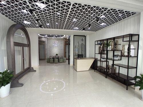 Showroom cửa nhôm Long Vân tại 299F Lý Thường Kiệt