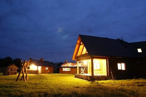 Thường nhà theo phong cách châu Âu sẽ xây theo một phong cách trong một khu
